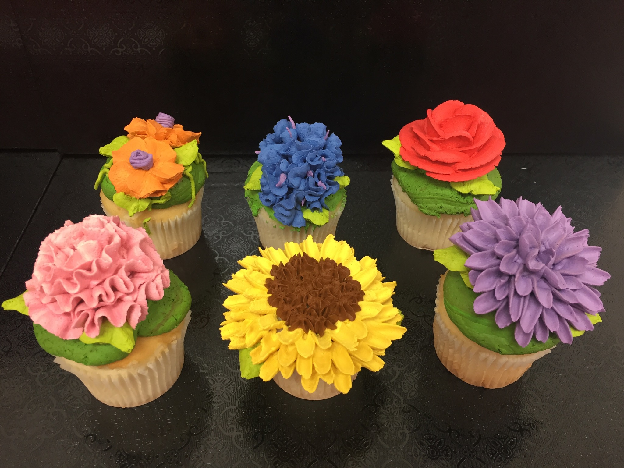 Corks N Confections Buttercream Flower Class (BYOB)