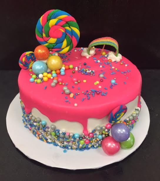 Zoom Drip Cake W/Lenna