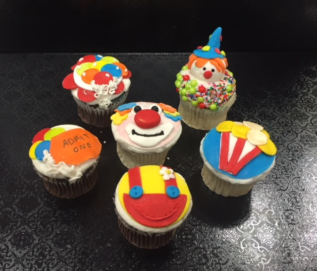 Mommy and Clown Cupcakes