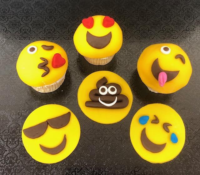 Spring Break Emoji Cupcakes