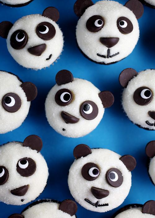 Family Fun Panda Cupcakes