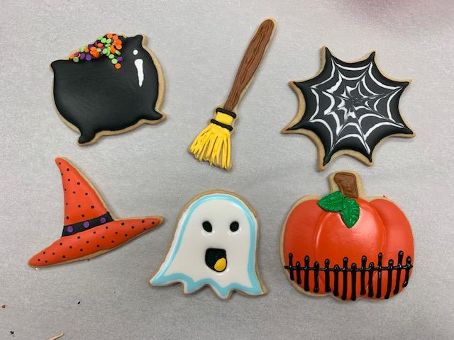 WineDown Wednesday Halloween Cookies (beginner)