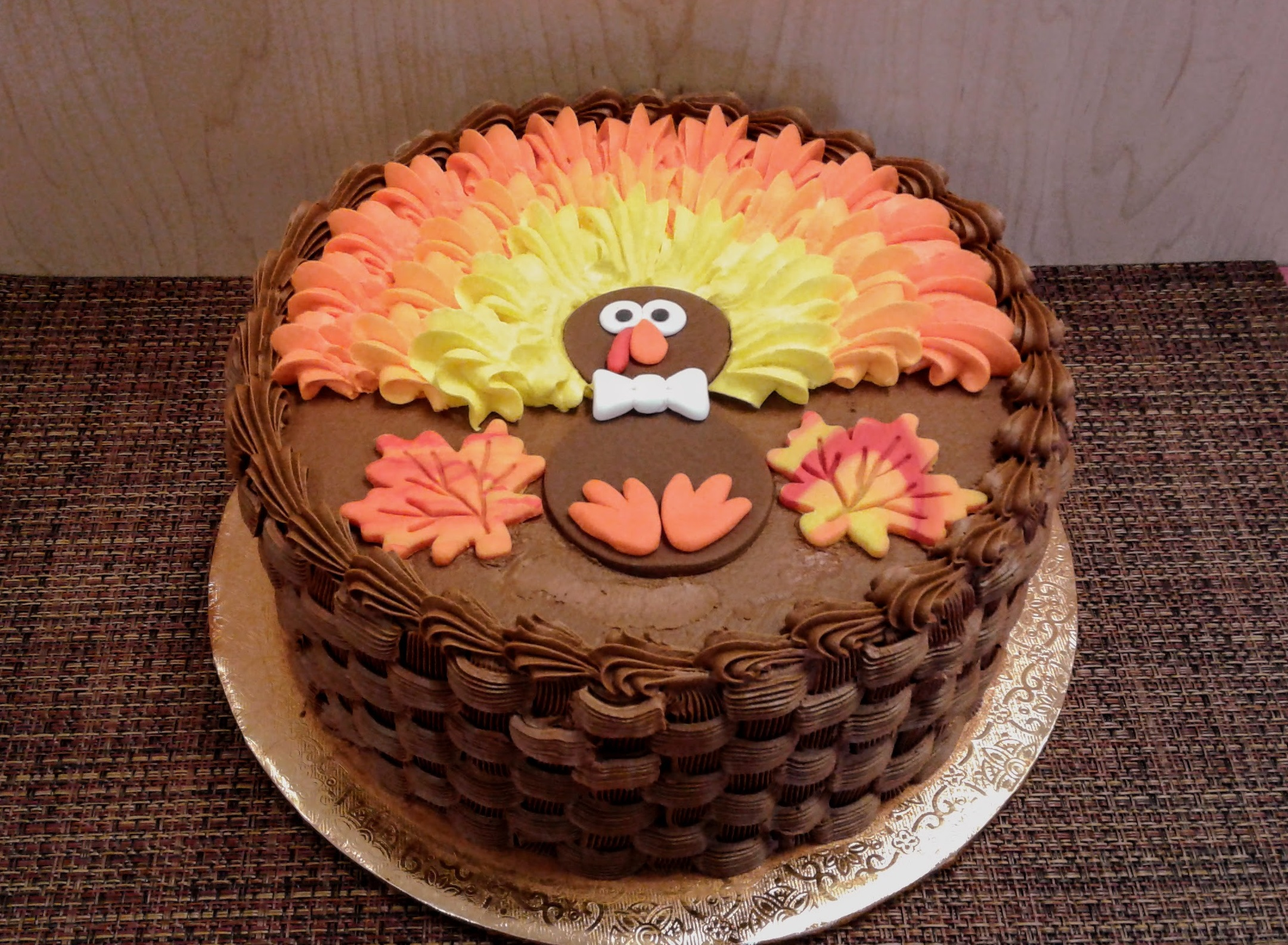 Family Day: Basket Weave Turkey Cake