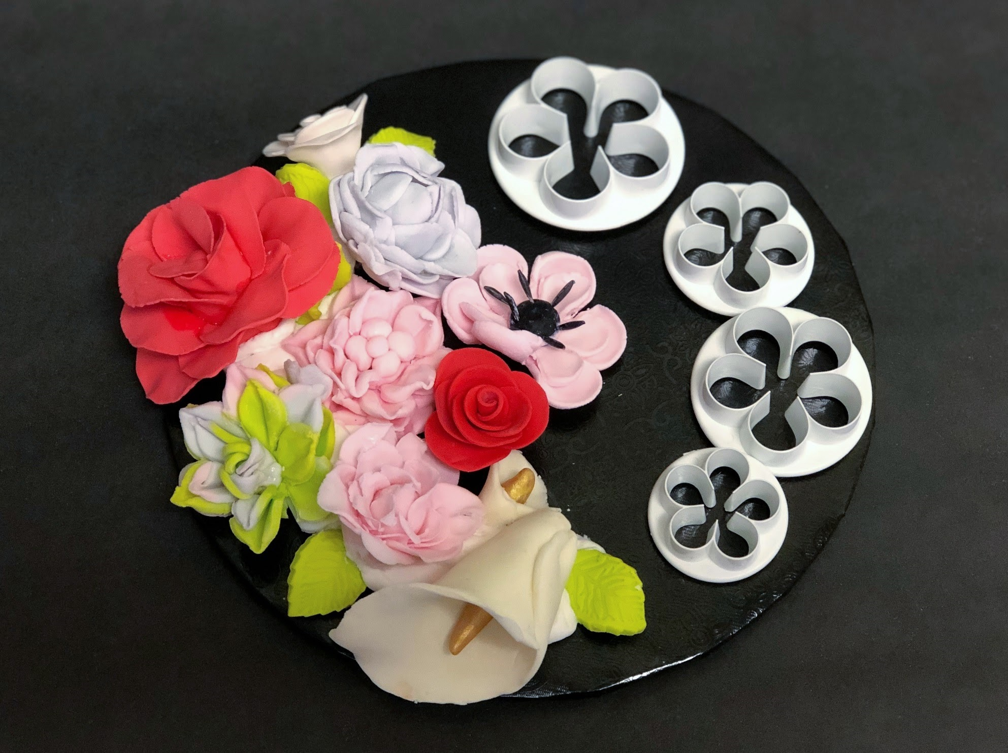 Fondant Flowers with Cutter Set