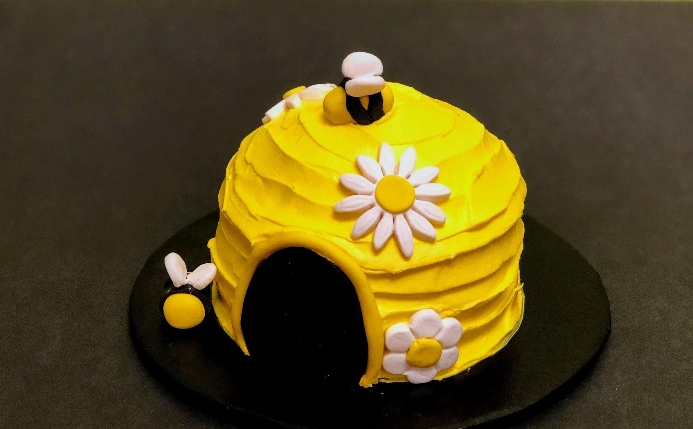 Kid's Camp: Beehive Cake