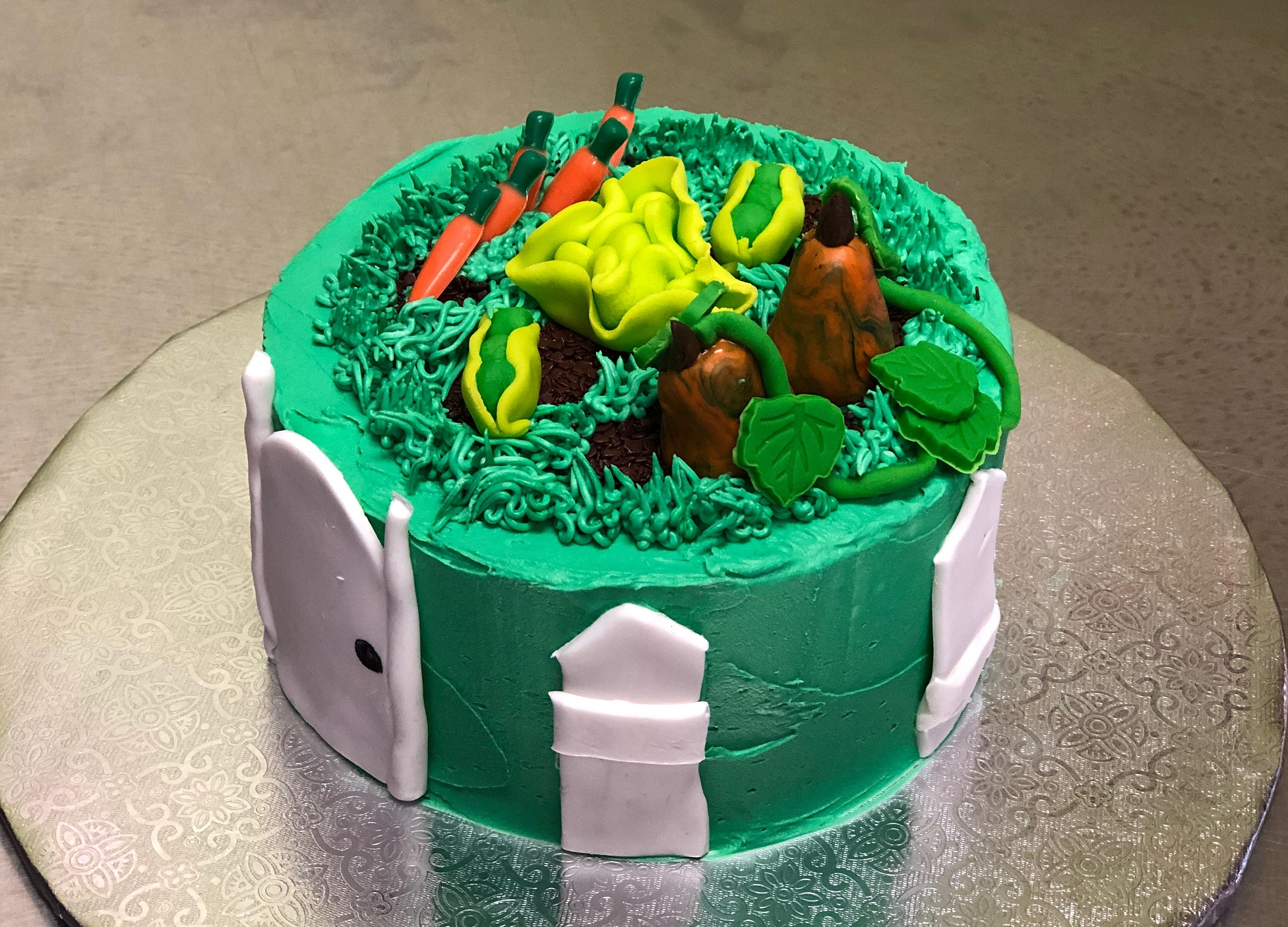 Kid S Camp Gardening Cake Over The Top Cake Supplies