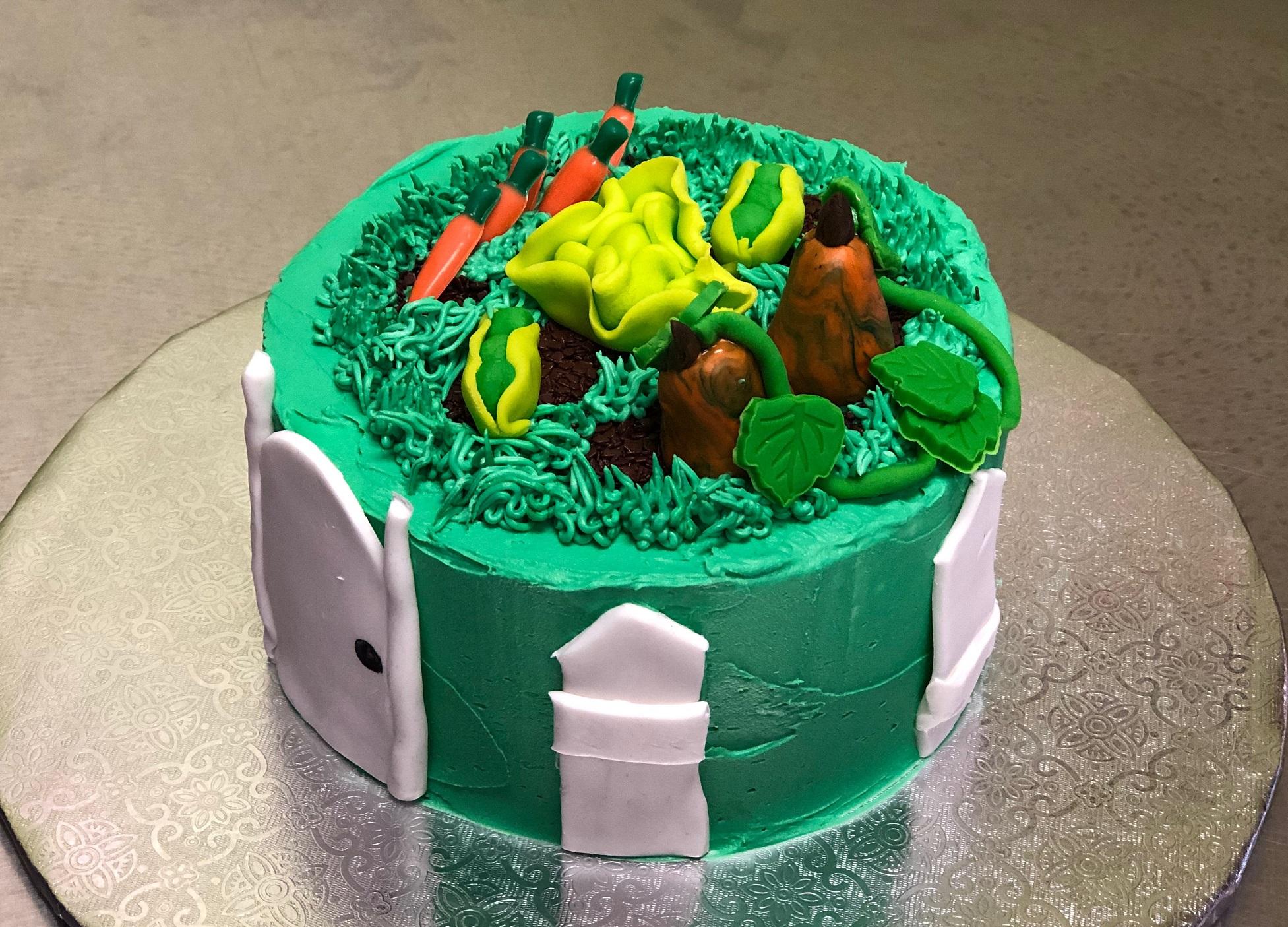 Kid's Camp: Gardening Cake