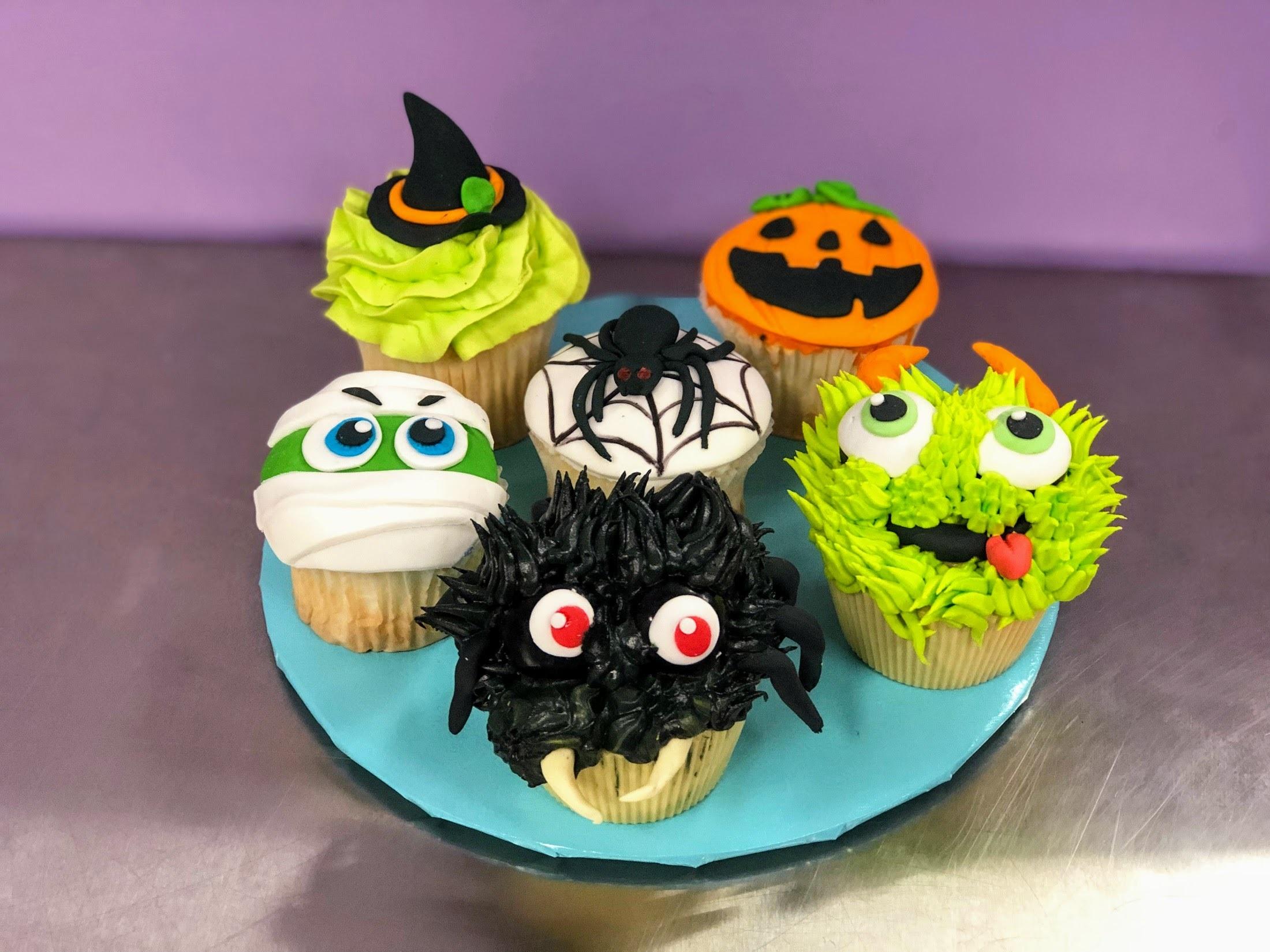 Wine Down Wednesday: Halloween Cupcakes