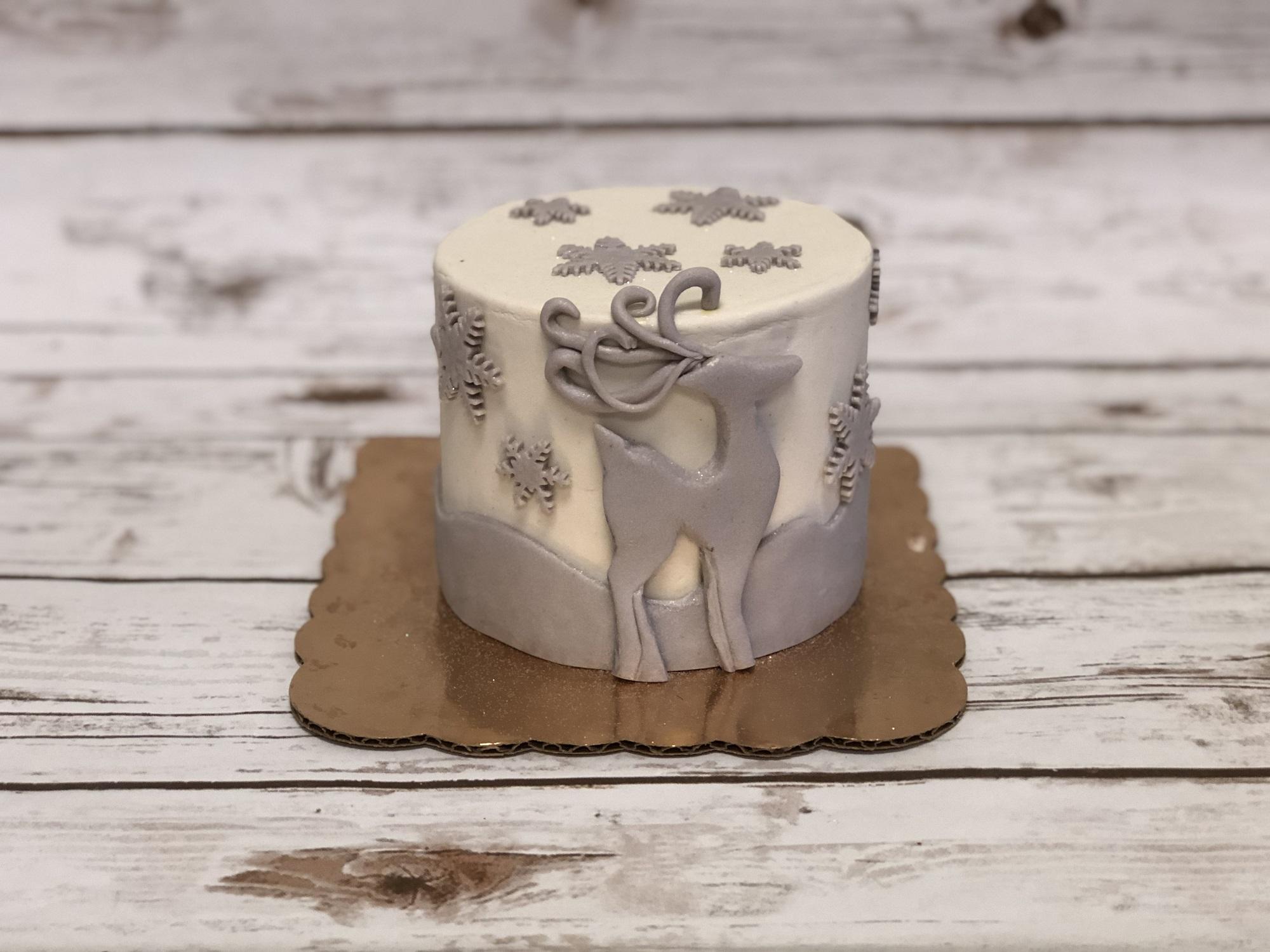Fondant Deer Cake