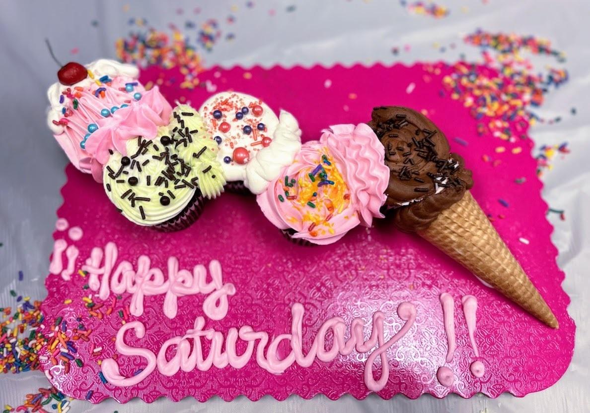 Family Day Ice Cream Cone Cupcakes