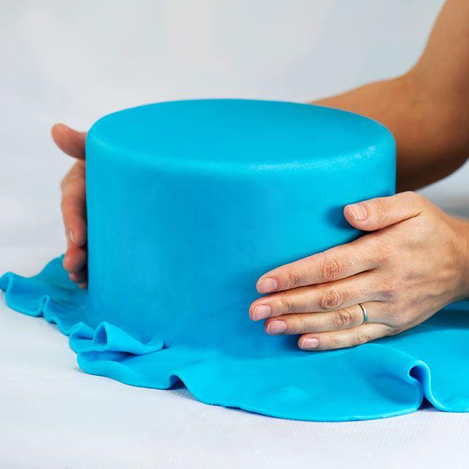 How To Design Cake Using Fondant : Cake Skills   Fondant