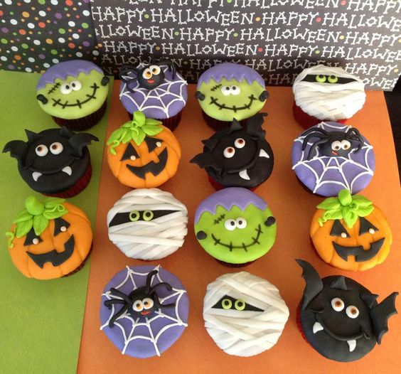 Fondant Halloween Decorations.Halloween Cupcakes Fondant Toppers The Woodlands Over The Top Cake Supplies