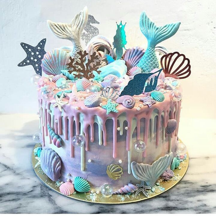 Mermaid Drip Cake