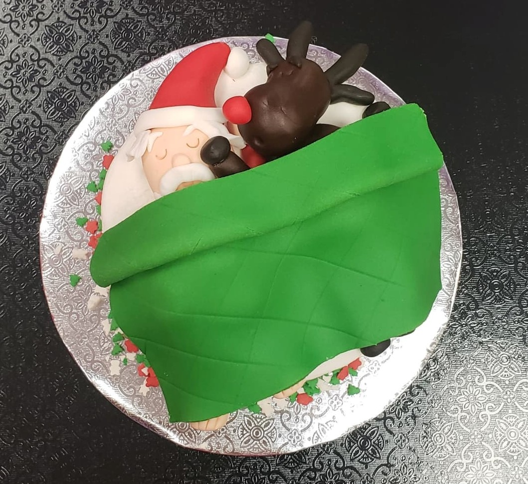 Santa's Resting Cake Decorating Project